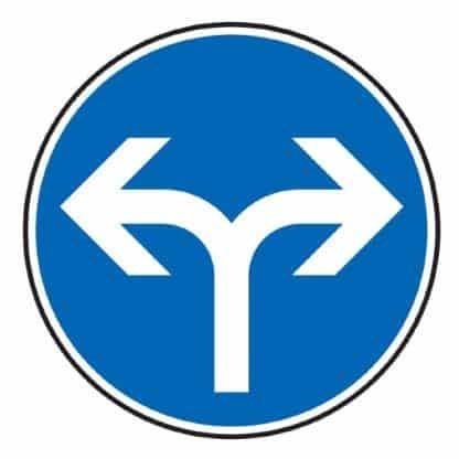Vorgeschriebene Fahrtrichtung rechts und links - Verkehrszeichen nach StVO
